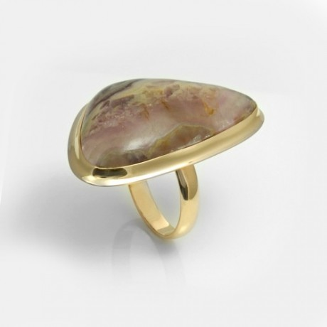 Золотое кольцо с флюоритом