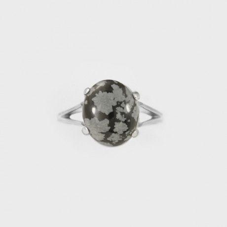 Серебряное кольцо со снежным обсидианом